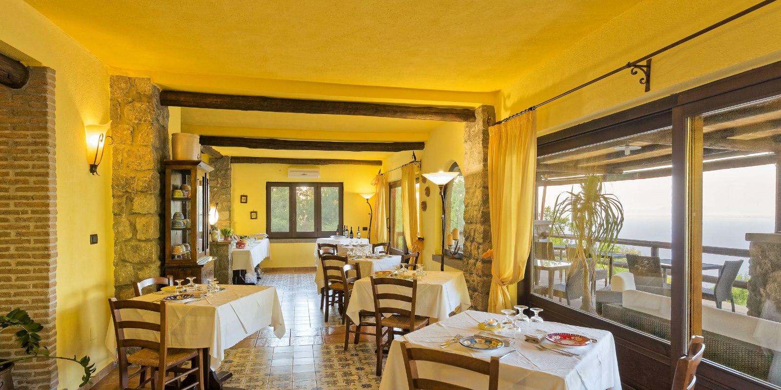 Restaurant Ischia Agriturism Local product | Pera Di Basso